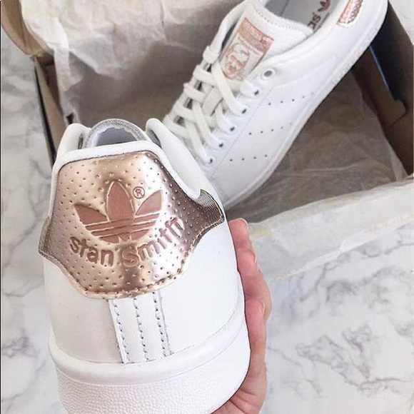 Women's adidas white and rose gold stan smith NWT